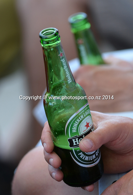 Heineken on a hot day at the 2014 Heineken Open. ASB Tennis Centre, Auckland. New Zealand. Tuesday 7 January 2014. Photo: Andrew Cornaga/www.photosport.co.nz