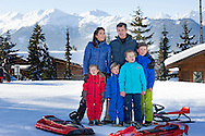 8-2-2015 -VERBIER  Crownprince Frederik and Crownprincess Mary of Denmark pose with their children Prins Christian, Princess Isabella, Prince Vincent and Princess Josehpine for the media during their holiday in Verbier, Switzerland on 8-2-2015  ZWITSERLAND  Danish Photosession  - COPYRIGHT ROBIN UTRECHT <br /> 2015/08/02 -VERBIER Kroonprins Frederik en kroonprinses Mary van Denemarken, poseren met hun kinderen Prins Christian, prinses Isabella, prins Vincent en prinses Josehpine voor de media tijdens hun vakantie in Verbier, Zwitserland op 2015/08/02 ZWITSERLAND Deense Fotosessie - copyright ROBIN UTRECHT