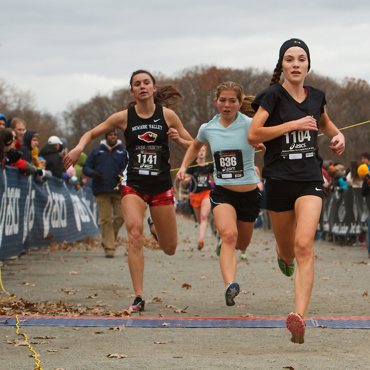 Foot Locker Cross Country Northeast Regional Championship race, (L-R) Jenna Cupp, NY, Skylar Moore, MD, Niamh Ashe, NY