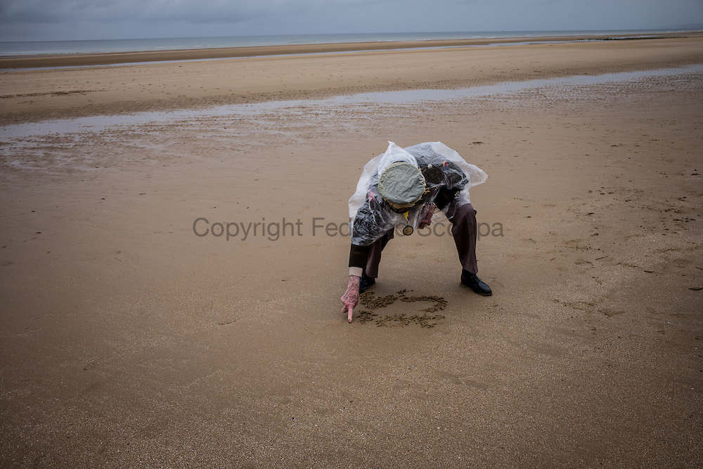 WWII veteran Charles Alford, 93 y/o, 6th armoured division, forward artillery, on Omaha Beach