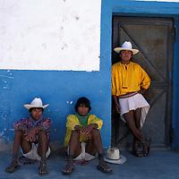 Tarahumara Indian men, Batopilas, Parque Natural Barranca del Cobre, Sierra Madre Occidental, Estado de Chihuahua, Mexico