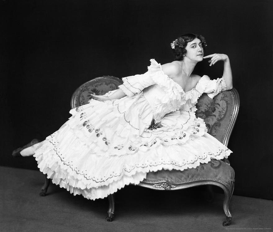 Tamara Karsavina as Columbine in 'Le Carnaval', London, England, 1912