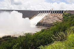 Usina Hidroeletrica de Xingo, no Rio Sao Francisco, entre os Estados de Alagoas e Sergipe, situando-se a 12 km do municipio de Piranhas (Alagoas) e a 6 km do municipio de Caninde do Sao Francisco (Sergipe) / Xingo Hydroeletric, located in Sao Francisco river, Alagoas state.Foto Marcos Issa