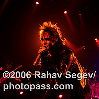Rock Star Supernova performing at Radio City Music Hall on January 31, 2007. .The band is comprised of ; .Tommy Lee on drums - formerly of Motley Crue.Jason Newsted on Bass - formerly of Metallica.Gilby Clarke on guitar - formerly of Guns N Roses.Lukas Rossi - vocals selected during the reality show.