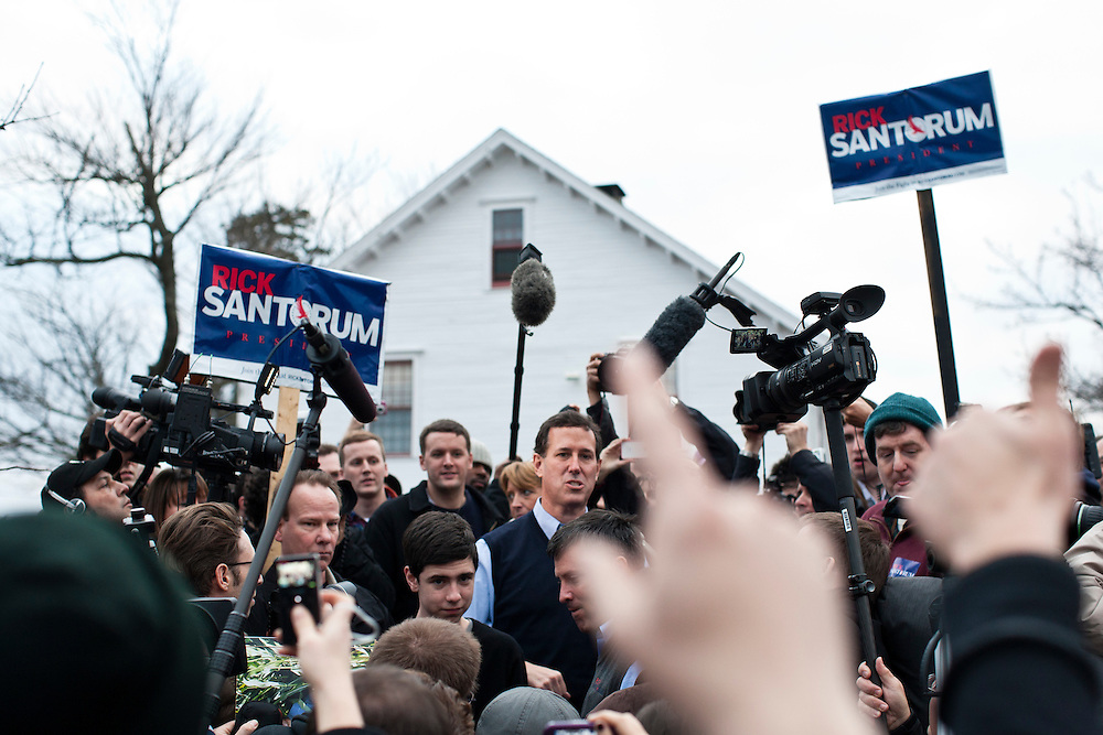 Republican presidential candidate Rick Santorum meets with voters at Hollis Pharmacy and General Store on Saturday, January 7, 2012 in Hollis, NH. Brendan Hoffman for the New York Times