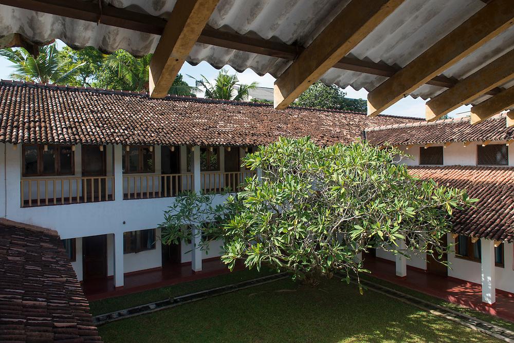 The Agrarian Research and Training Institute.<br /> Geoffrey Bawa.<br /> Wijerama Mawatha, Colombo, Sri Lanka.<br /> 1973&mdash;1976