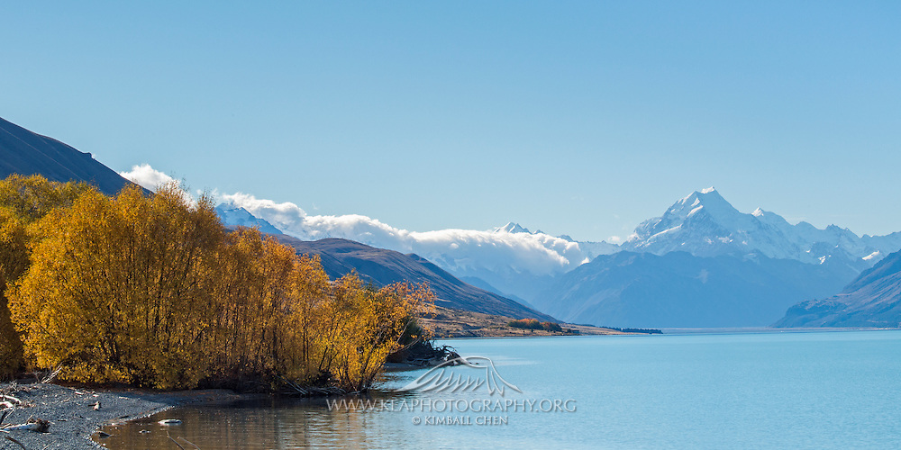 Mount Cook and Lake Pukaki in the Fall, New Zealand