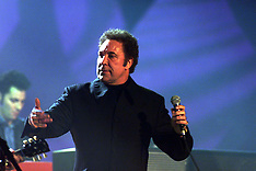 MAR 3 2000 BRIT AWARDS  TOM JONES
