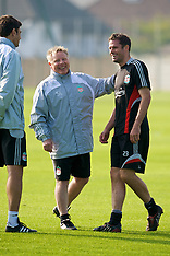 080926 Liverpool training