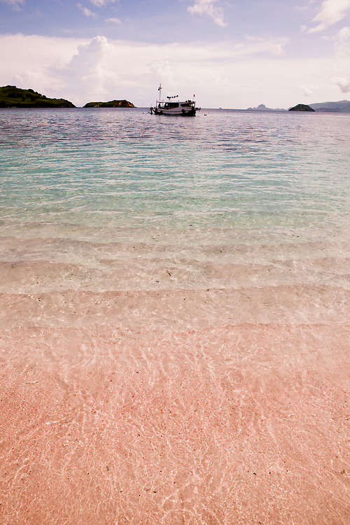 Pink beach visited from Alila Purnama.