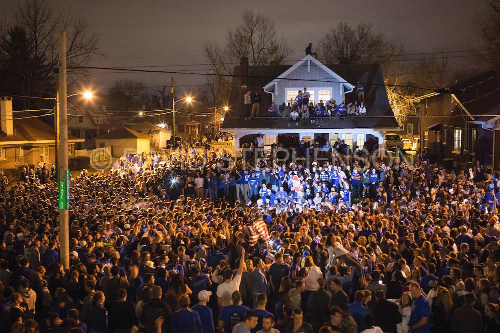 Kentucky fans celebrate NCAA victory over Louisville ...