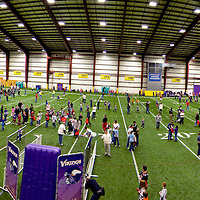 Vikings All Pro Dad event at the Winter Park Field House in Eden Prairie, Minn., on Saturday, April 4th, 2008.