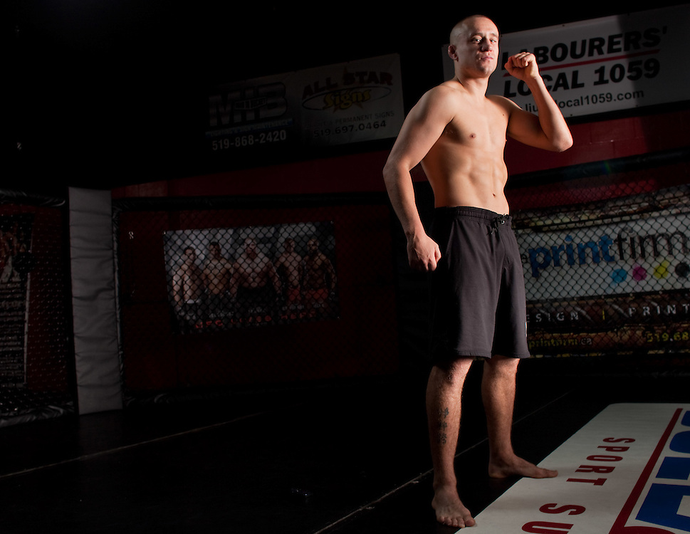 London, Ontario ---11-11-11--- UFC fighter Mark Hominick poses for a portrait at Adrenaline Training Center in London, Ontario November 11, 2011<br /> GEOFF ROBINS The Globe and Mail