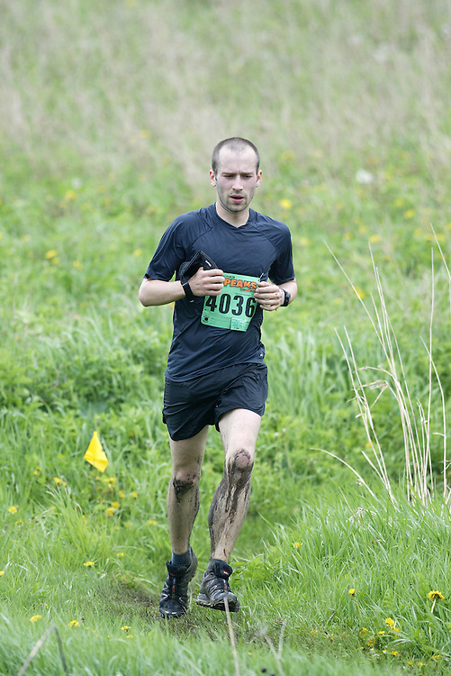 "(Kingston, Ontario---16/05/09) ""Leo Viger-Bernard finished 6 in the men's 10-12 km Enduro Race at the 2009 Salomon 5 Peaks Trail Running series Race held in Kingston, Ontario as part of the Eastern Ontario/Quebec division.""  Copyright photograph Sean Burges/Mundo Sport Images, 2009. www.mundosportimages.com / www.msievents.com."