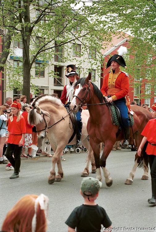 historisk opptog, tusenårsjubileet Trondheim.neg