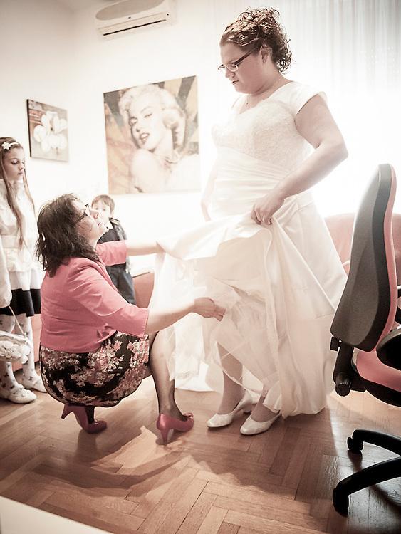 Fotografo, Fotografia Matrimonio Milano, Arese, Villa La Valera. Qui se vuoi saperne di pi&ugrave;:<br /> http://www.fotografomatrimoni.biz/portfolio/fotografo-matrimonio-varese/<br /> o http://www.fotografomatrimoni.biz/portfolio/fotografo-matrimonio-arese/