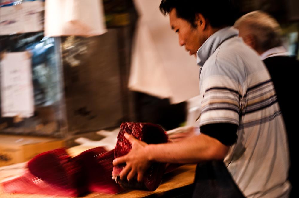 Cutting fresh tuna