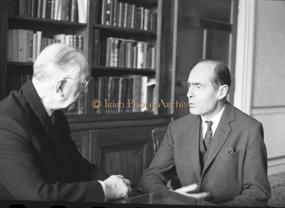 Group Captain Leonard Cheshire, famous World War hero and founder of the Cheshire Homes, visits President Eamon De Valera at &Aacute;ras an Uachtarain.<br /> 13.10.1967