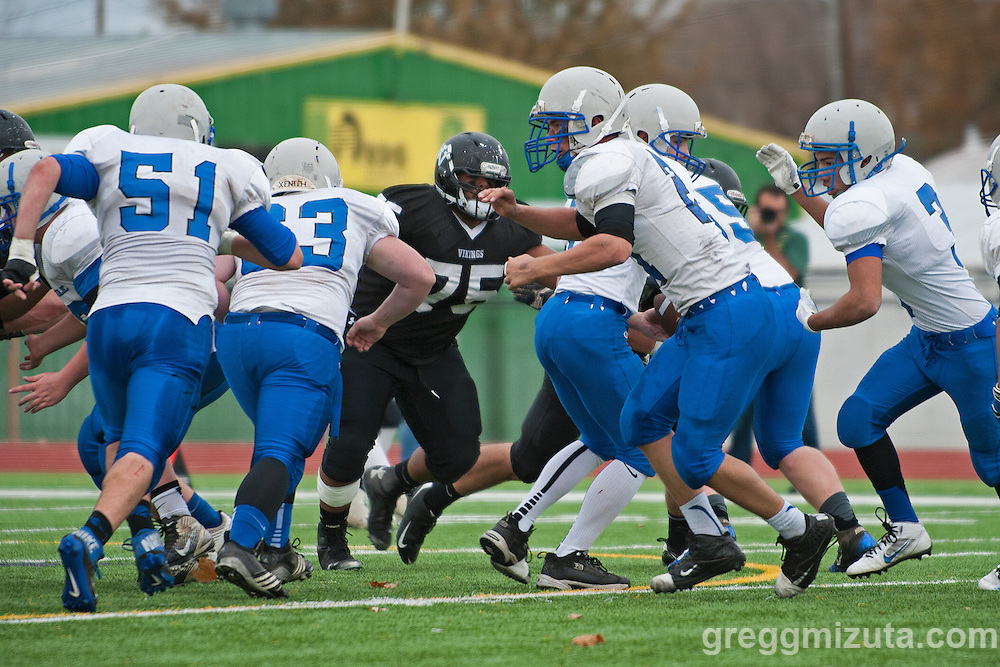 Oregon 3A Semifinals, Vale vs Blanchet Catholic at Kennison Field, Hermiston, Oregon. November 22, 2014.
