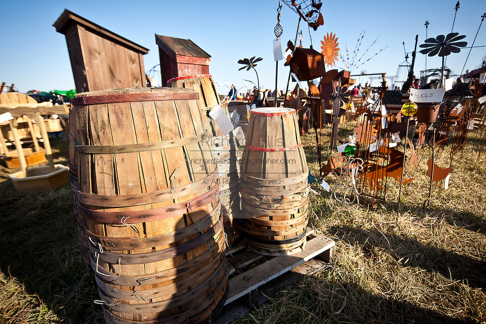 Handmade Baskets In Pa : Amish community holds its annual quot mud sale richard