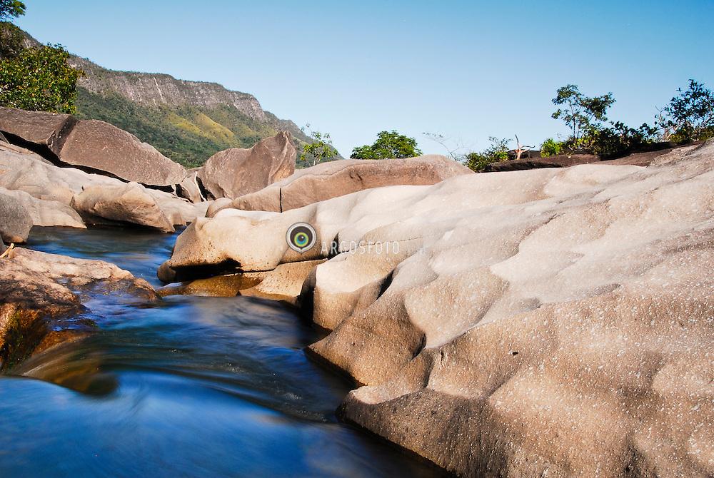 Cachoeira no Parque Nacional da Chapada dos Veadeiros. Goias. Brasil / Waterfall in Chapada dos Veadeiros national Park. Goias. Brazil