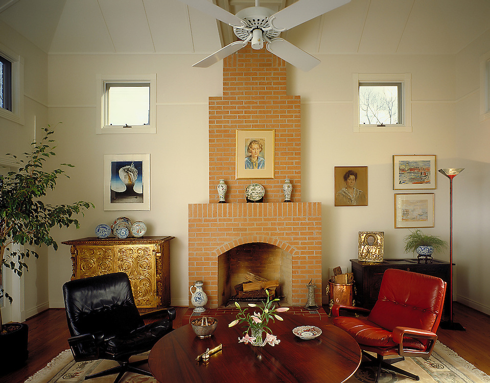 Rice University Professor of Architecture, Michael Underhill's design of a welcoming and comfortable living room.