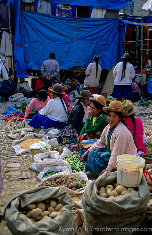 South America, Peru, Pisac market scene
