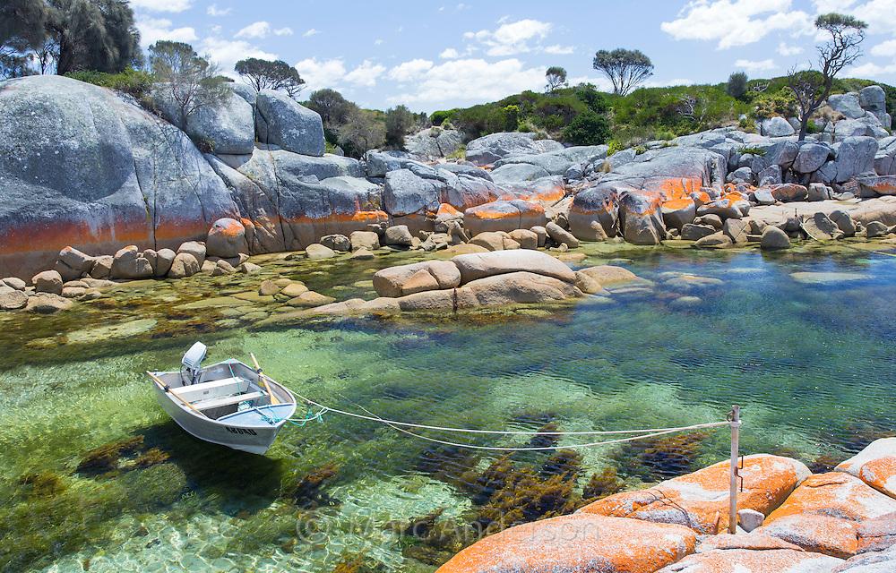 Binalong Bay Australia  city photos : Beautiful coast at Binalong Bay, Tasmania, Australia