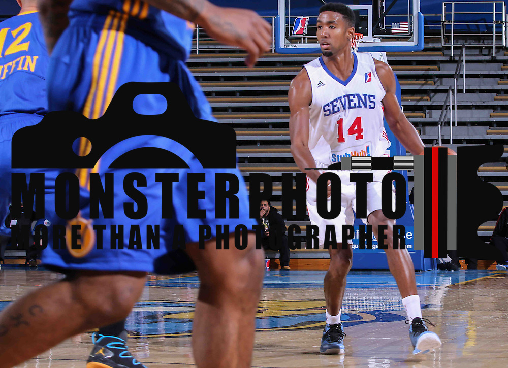 Delaware 87ers Forward Malcolm Lee (14) dribbles the ball up court in the first half of a NBA D-league regular season basketball game between the Delaware 87ers and the Santa Cruz Warriors (Golden State Warriors) Tuesday, Jan. 13, 2015 at The Bob Carpenter Sports Convocation Center in Newark, DEL
