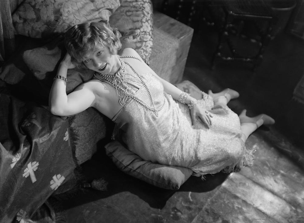 Gilda Gray, actress and dancer, 1928