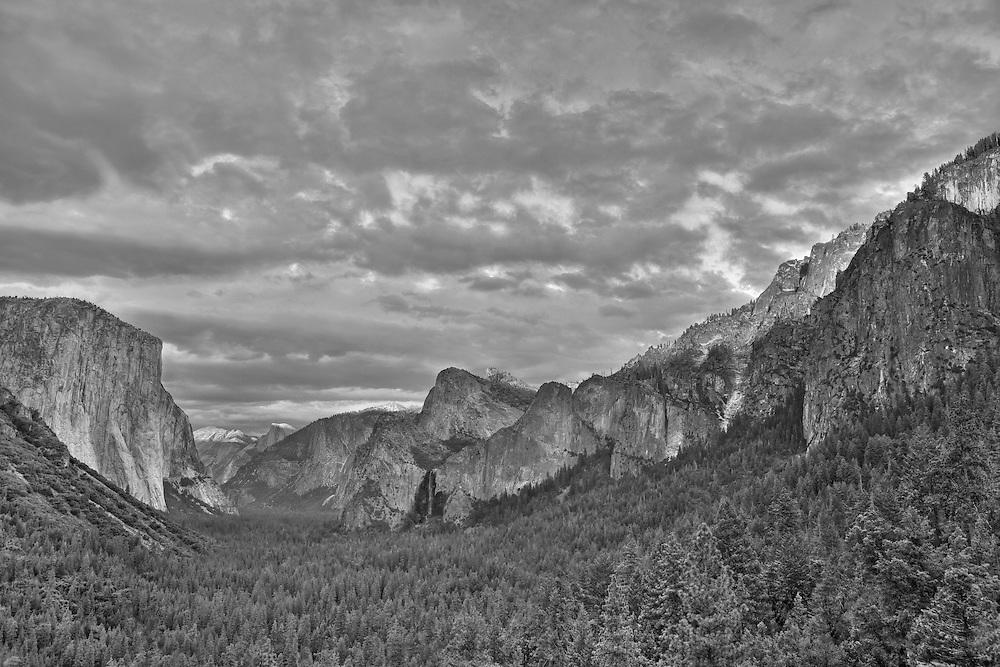 Yosemite Valley Overlook - Sunset Golden Light Rim - HDR - Black & White