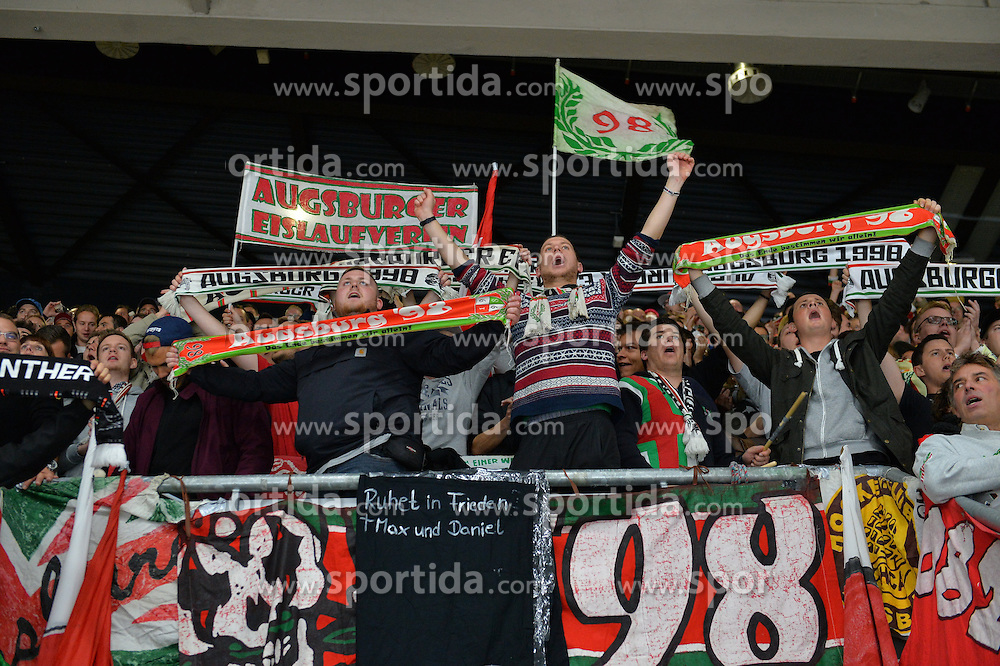 02.10.2015, Curt Frenzel Stadium, Augsburg, GER, DEL, Augsburger Panther vs Hamburg Freezers, 7. Runde, im Bild Jubel der Fans der Augsburger Panther<br /><br />AEV Augsburg Panther - Hamburg Freezers, DEL, Eishockey, Herren, Saison 2015 2016, 02.10.2015, Foto: Eibner // during the German DEL Icehockey League 7th round match between Augsburger Panther and Hamburg Freezers at the Curt Frenzel Stadium in Augsburg, Germany on 2015/10/02. EXPA Pictures &copy; 2015, PhotoCredit: EXPA/ Eibner-Pressefoto/ Hiermayer<br /> <br /> *****ATTENTION - OUT of GER*****