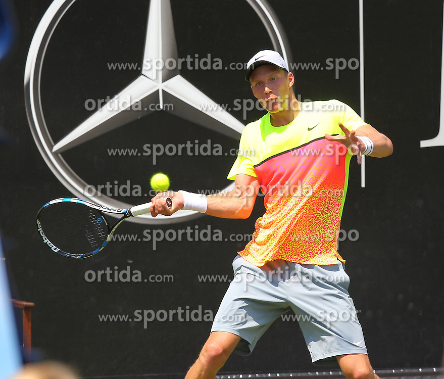 07.06.2015, Tennis Club Weissenhof, Stuttgart, GER, ATP Tour, Mercedes Cup Stuttgart, im Bild Jan Choinski ( GER ) // during the Mercedes Cup of ATP world Tour at the Tennis Club Weissenhof in Stuttgart, Germany on 2015/06/07. EXPA Pictures &copy; 2015, PhotoCredit: EXPA/ Eibner-Pressefoto/ Langer<br /> <br /> *****ATTENTION - OUT of GER*****