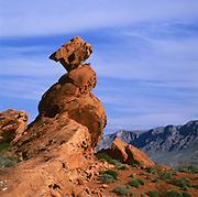 BB02641-01...NEVADA - Sandstone pillar in Valley of Fire State Park.