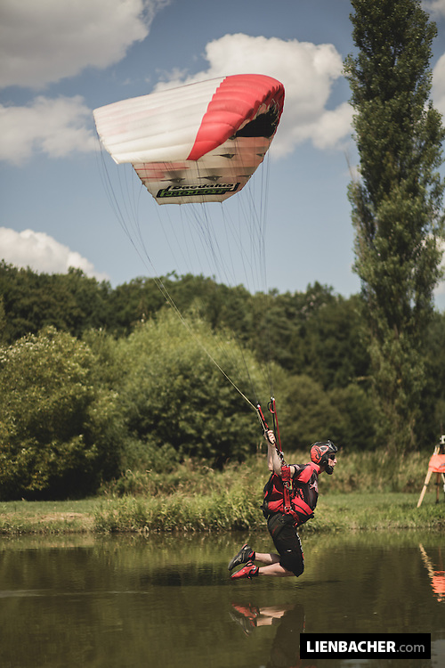 World-record holder Nick Batsch is flying towards the gate at a distance run during the Pink Open Canopy Piloting Competition in Klatovy, August 2013