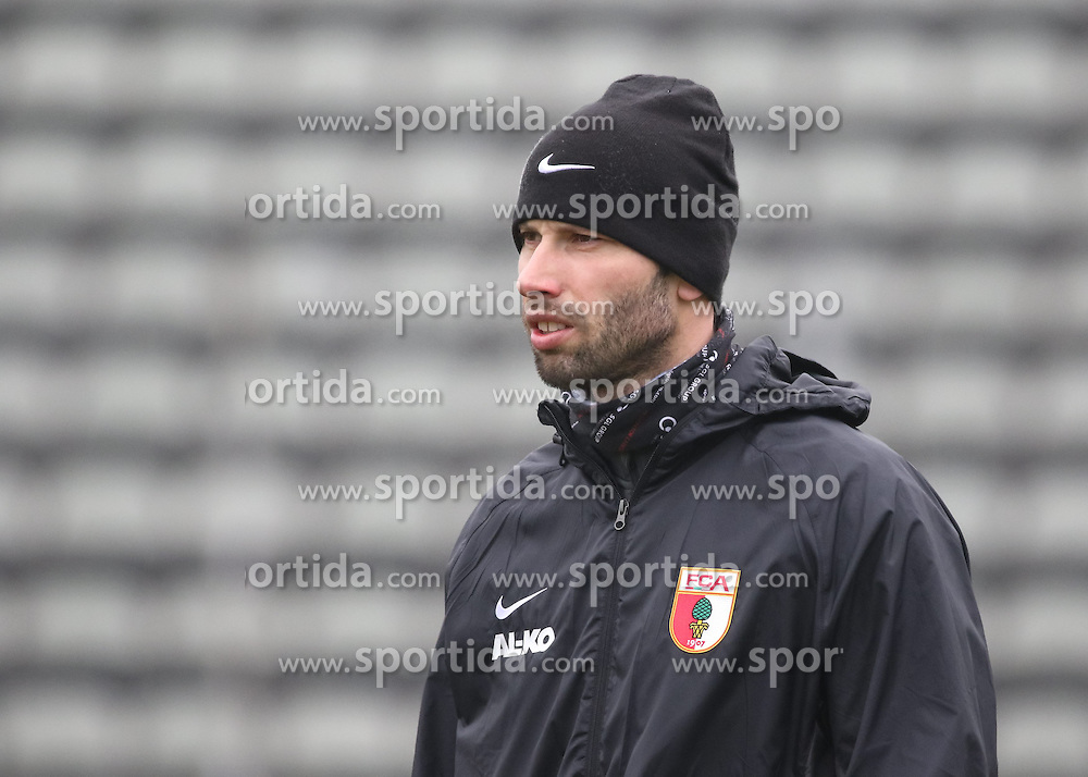 17.02.2015, Trainingsgel&auml;nde, Augsburg, GER, 1. FBL, FC Augsburg, Training, im Bild Thomas Barth (Co-Trainer FC Augsburg), // during a trainingssession of the german 1st bundesliga club FC Augsburg at the Trainingsgel&auml;nde in Augsburg, Germany on 2015/02/17. EXPA Pictures &copy; 2015, PhotoCredit: EXPA/ Eibner-Pressefoto/ Krieger<br /> <br /> *****ATTENTION - OUT of GER*****
