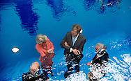 WASSENAAR - King Willem-Alexander and Joop van Caldenborgh and Wim Pijbes and Princess Irene during the opening of Museum of Linden. This new museum of modern and contemporary art was founded by art collector Joop van Caldenborgh. COPYRIGHT ROBIN UTRECHT WASSENAAR - Koning Willem-Alexander en Joop van Caldenborgh en Wim Pijbes en prinses Irene  tijdens de opening van Museum Voorlinden. Dit nieuwe museum voor moderne en hedendaagse kunst is opgericht door kunstverzamelaar Joop van Caldenborgh. Koning Willem-Alexander tijdens de opening van Museum Voorlinden. Dit nieuwe museum voor moderne en hedendaagse kunst is opgericht door kunstverzamelaar Joop van Caldenborgh.   COPYRIGHT ROBIN UTRECHT