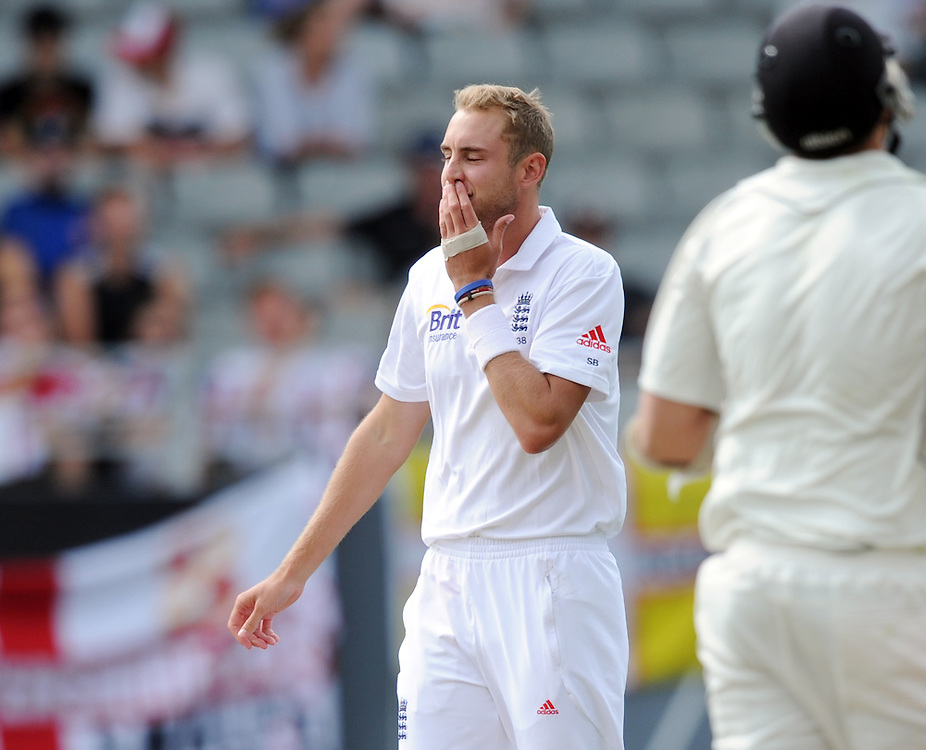 England's Stuart Broad shows his frustration while bowling against New Zealand on the second day of the 3rd international cricket test, Eden Park, Auckland, New Zealand, Saturday, March 23, 2013. Credit:SNPA / Ross Setford
