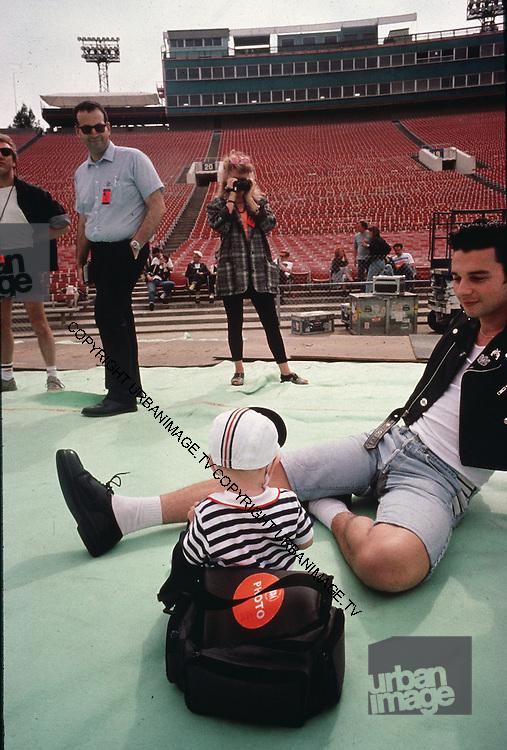 David Gahan - Depeche Mode performing live at Pasadena Rose Bowl, June 1988.
