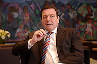 09 JAN 2002, BERLIN/GERMANY:<br /> Gerhard Schroeder, SPD, Bundeskanzler, waehrend einem Interiew, in seinem Buero, Bundeskanzleramt<br /> Gerhard Schroeder, SPD, Federal Chancellor of Germany, during an interview, in his office<br /> IMAGE: 20020109-02-007<br /> KEYWORDS: Gerhard Schr&ouml;der
