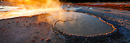 Doublet Pool al atardecer, Upper Geyser Basin, Yellowstone NP, Wyoming (Estados Unidos)