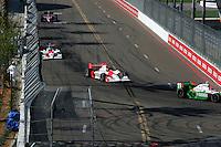 Helio Castroneves, Sam Hornish Jr., Honda Grand Prix of St. Petersburg, Streets of St. Petersburg, St. Petersburg, FL USA, 4/2/2006