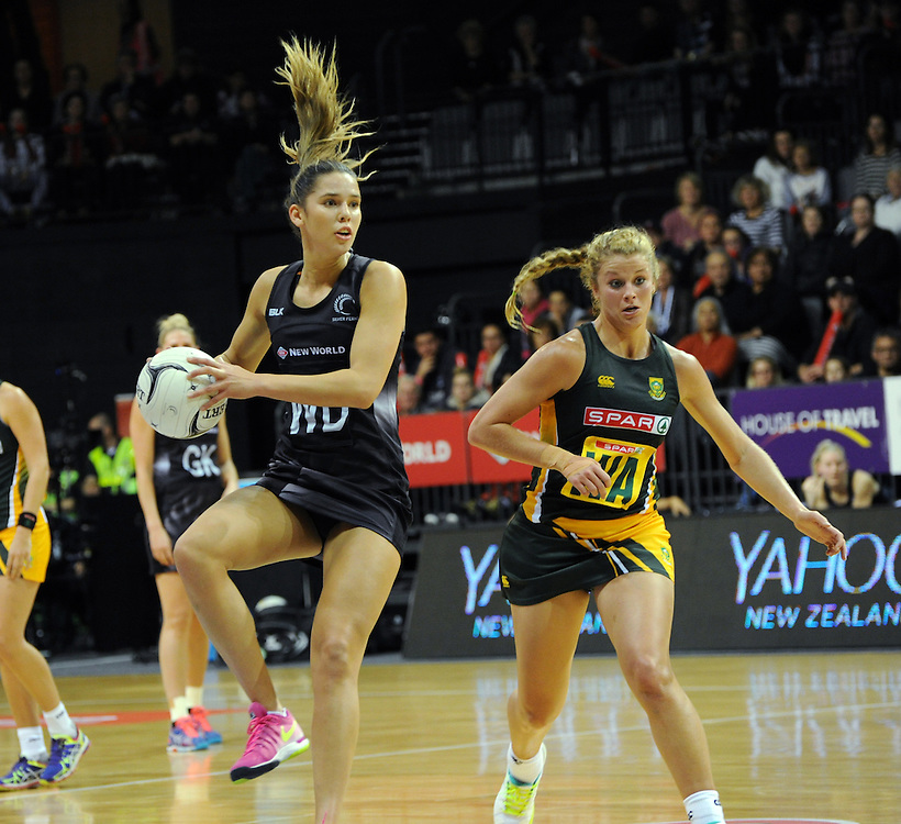 New Zealand's Kayla Cullen, left, plays in front of South Africa's Izette Lubbe in the International netball match at Claudelands Arena, hamilton New Zealand, Sunday, July 26, 2015. Credit:SNPA / Ross Setford