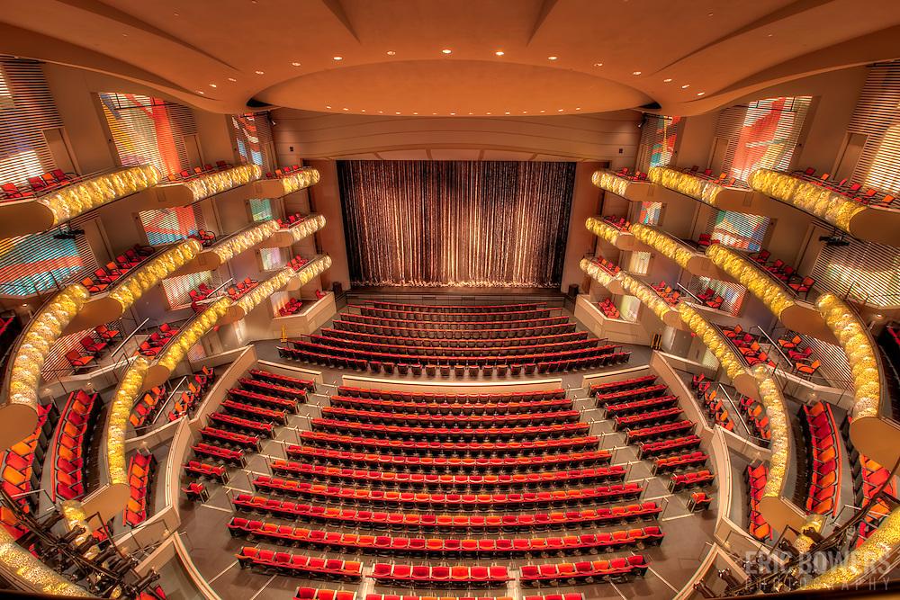 Wonderful Kauffman Theater #1: Muriel-kauffman-theatre-interior-kauffman-center-kansas-city-15.jpg