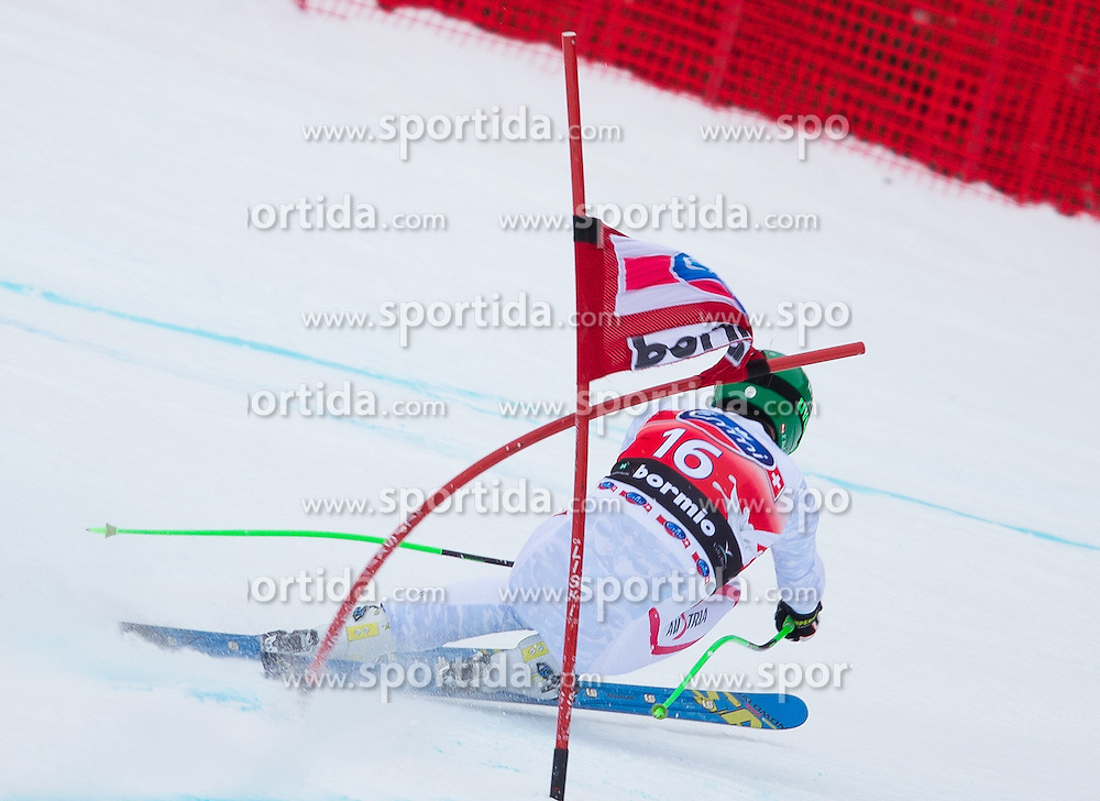 27.12.2012, Stelvio, Bormio, ITA, FIS Weltcup, Ski Alpin, Abfahrt, 1. Training, Herren, im Bild Klaus Kroell (AUT) // Klaus Kroell of Austria in action during 1st practice of the mens Downhill of the FIS Ski Alpine Worldcup at the Stelvio course, Bormio, Italy on 2012/12/27. EXPA Pictures © 2012, PhotoCredit: EXPA/ Johann Groder
