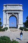 Image of the National Memorial Arch at Valley Forge National Historical Park, Pennsylvania, American Northeast, model released