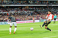 ROTTERDAM - Feyenoord - FC Utrecht , Voetbal , Seizoen 2015/2016 , Eredivisie , Stadion de Kuip , 08-08-2015 , Speler van Feyenoord Tonny Vilhena (r) scoort de 2-1 door de bal langs FC Utrecht speler Sean Klaiber (l) te schieten