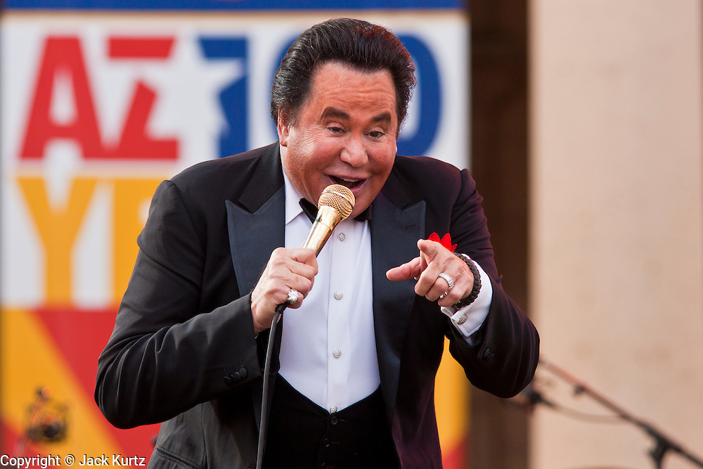 Wayne Newton Performs for Arizona Centennial | Jack Kurtz ...