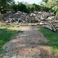 A brick path leads nowhere on what once was a home on the Mississippi Gulf of Mexico coast May 5, 2010.  Almost 5 years after hurricane Katrina laid the shore bare much remains to be rebuilt with another natural disaster - the BP oil spill - looming offshore.  REUTERS/Rick Wilking (UNITED STATES)