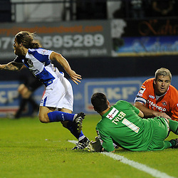 Stuart Sinclair of Bristol Rovers goes to celebrate - Mandatory byline: Neil Brookman/JMP - 07966386802 - 18/08/2015 - FOOTBALL - Kenilworth Road -Luton,England - Luton Town v Bristol Rovers - Sky Bet League Two